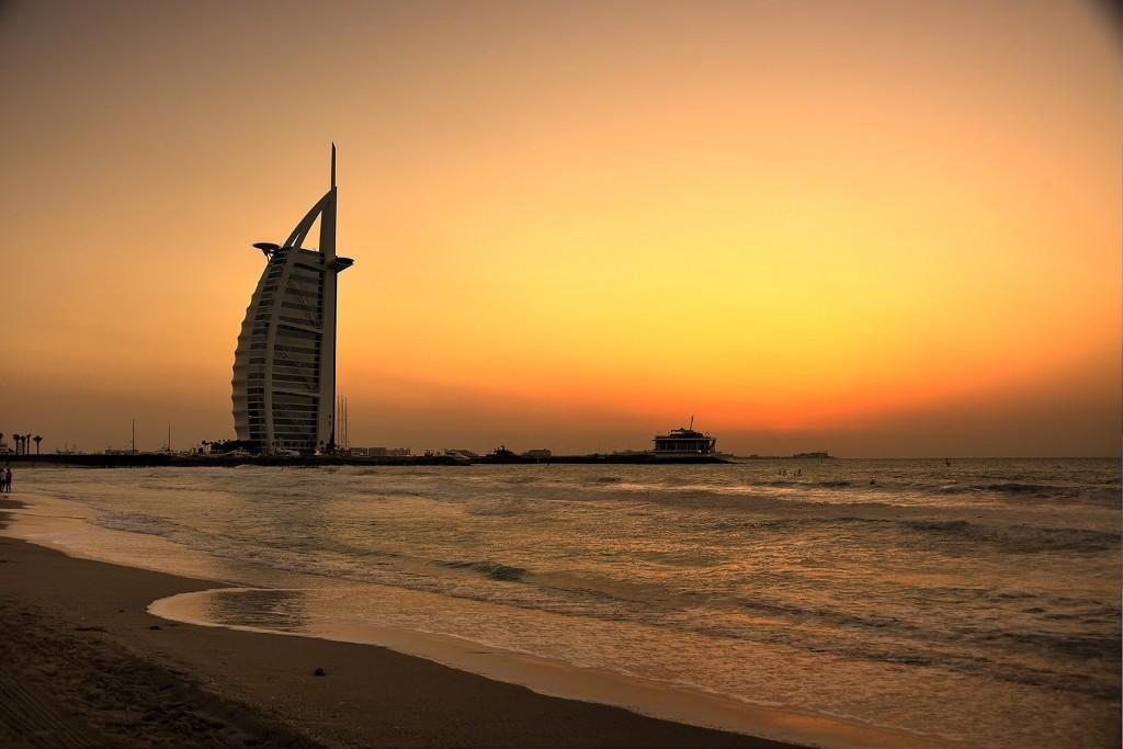 Jumeirah-Sunset-01